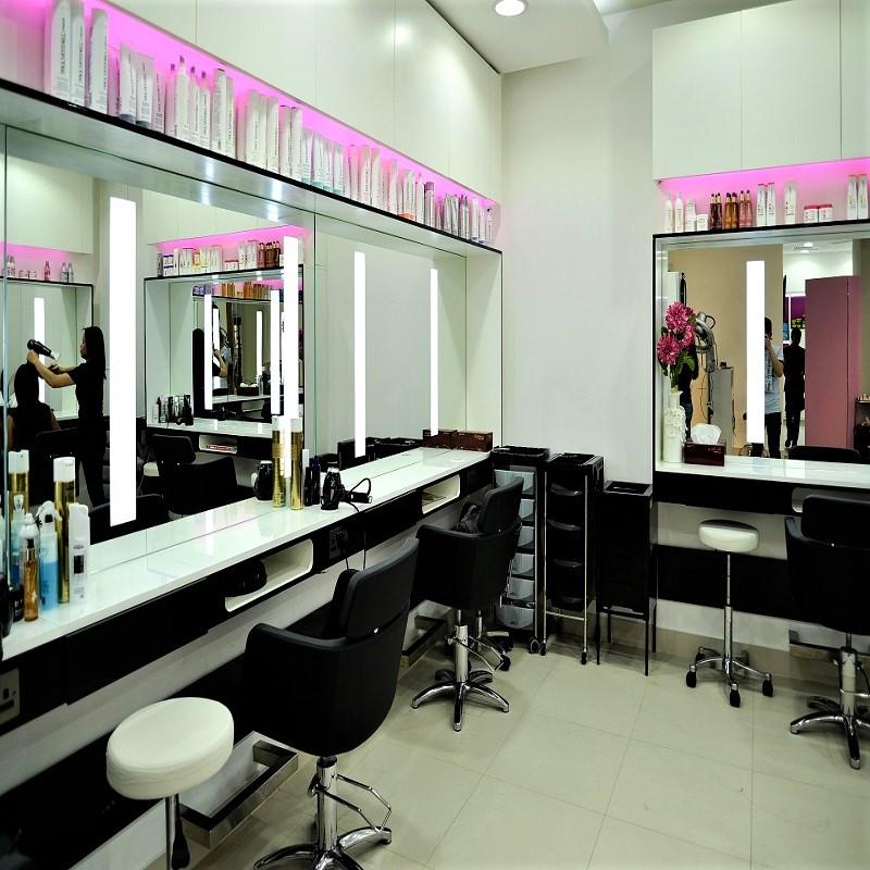 Nicolas & Jean Beauty Salon